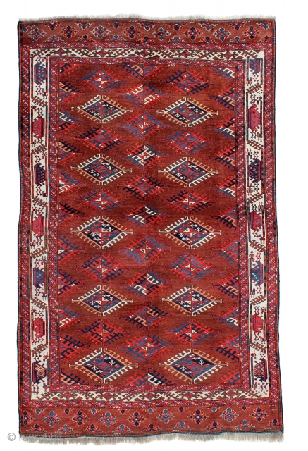 Yomud main carpet in very good condition
