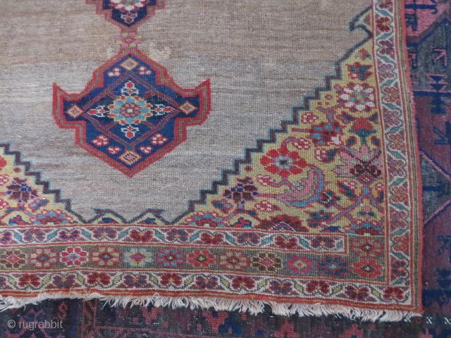 Antique Bidjar area vagire/rug, 160x110 cm. More or less low pile, some restauration and reduced at one side, nice colours and patina. Not as stiff as the normal Bidjar rug.