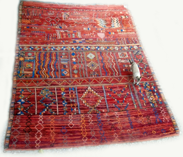 DOUBLE SIDED MOROCCAN BERBER CARPET of very rare extra large size and originating from the Berbers of the region of Boujad in the Middle Atlas. Even allowing for the randomised, spontaneous designs  ...