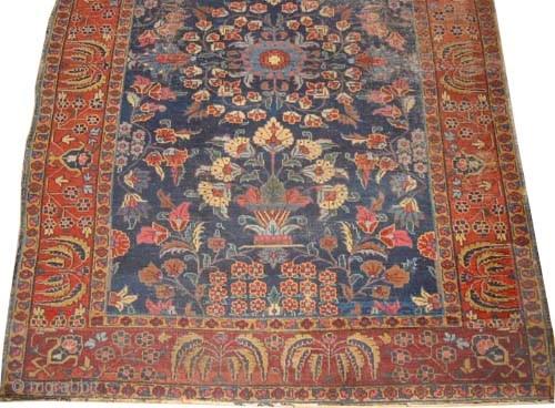 "Mahal Persian circa 1920 semi antique. Size: 280 x 189 (cm) 9' 2"" x 6' 2""  carpet ID: P-6005 The pile is slightly short, rare design and in its original shape."