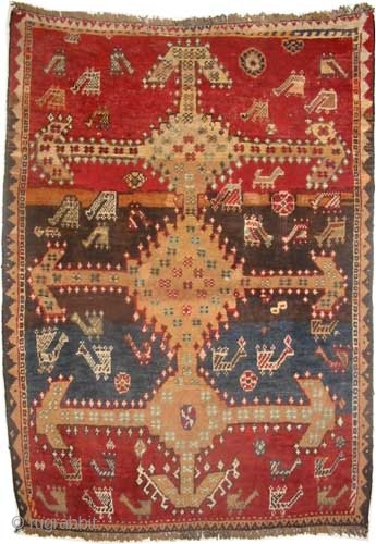 """Gabbeh Louri Persian circa 1905, antique, Collector's item. Size: 157 x 115 (cm) 5' 2"""" x 3' 9"""", carpet ID: T-702  Vegetable dyes, high pile, the warp and the weft threads are  ..."""