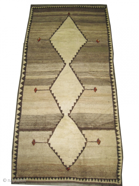 """Gabbeh Nomad Persian, circa 1910 antique. Collector's item, Size: 272 x 133 (cm) 8' 11"""" x 4' 4""""  carpet ID: K-4162 the black color is oxidized, the knots are hand spun lamb  ..."""