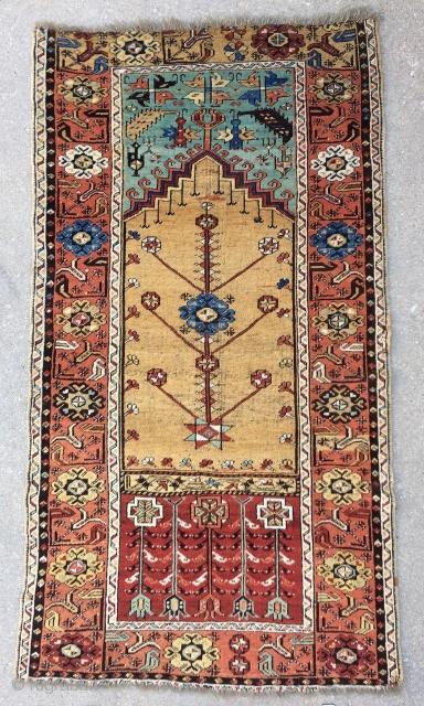 Antique Ladik Prayer rug - circa 1875 - 3'6 x 6'5 - 137 x 196 cm. No repairs!