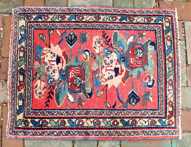 Unique Milfleur Mehriban Pushti-- 24 x 31--  Very Unique. Probably inspired from  Kurd/Bidjar using this motif circa 1920s. Kind of a Hamadan interpretation. Very interesting and artistic. CONDITION: little attrition on  ...