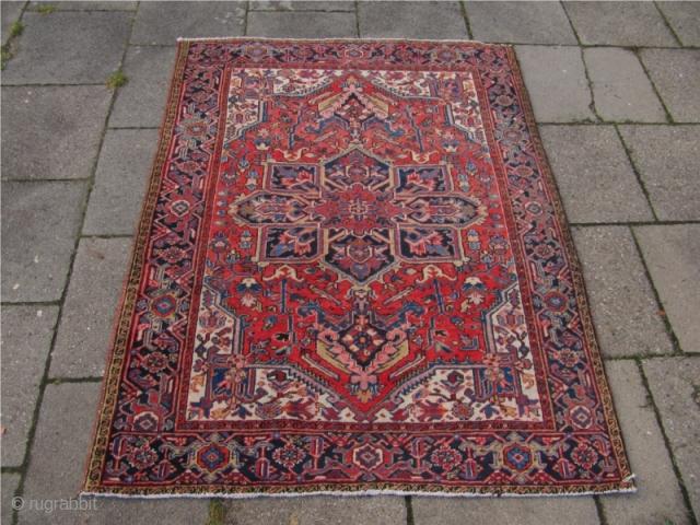 Antique Persian Heriz rug, rare small size: ca190x150cm /6'2'' x 4'9'' Age: ca.1920. Good condition