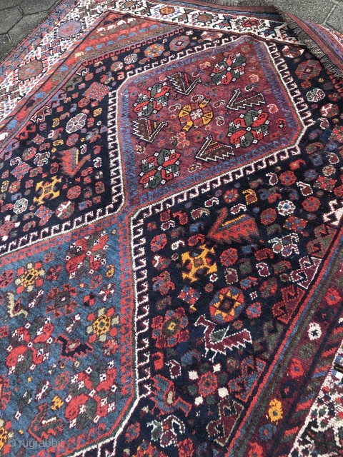 Beautiful antique Qashqai tribal rug from Southwest Persia, large size: 305x105cm / 10ft x 6'1''ft