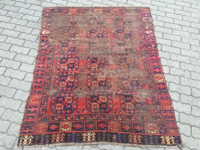 Antique Turkmen Ersari (Engsi??), worn but older then many other examples. Size: 175x140cm / 5'8''ft x 4'6''ft www.najib.de