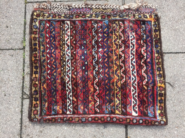 colorful antique Luri bagface with glossy, shiny wool. 19th century. Size: ca 65x60cm / 2'2''fr x 2'ft Very nice collector´s piece. www.najib.de