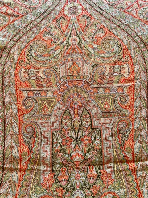 Beautiful French chinoiserie shawl 1850-1900 era in excellent condition. Large castle below the centre.Very light in weight . Signed  by the artist J C on the border .  It measures 11  ...