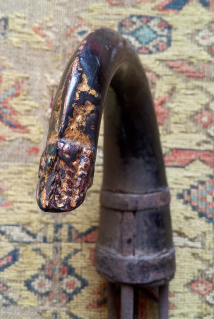 """this is an antique fishing harpoon from cambodia (called """"sorm"""" in cambodian), with a lacquered wooden handle displaying the tradional naga head with trace of gilding. a quite  rare and interesting  ..."""