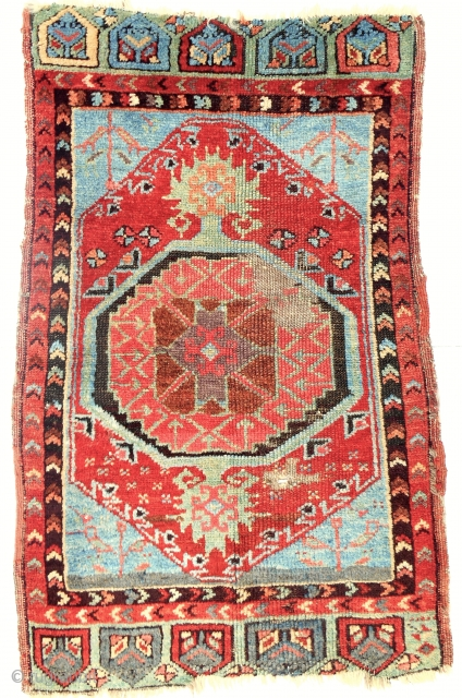 Classic c. 1850-1870 Anatolian Karapinar yastik with bold drawing and great color including a clear, early aubergine. All original.