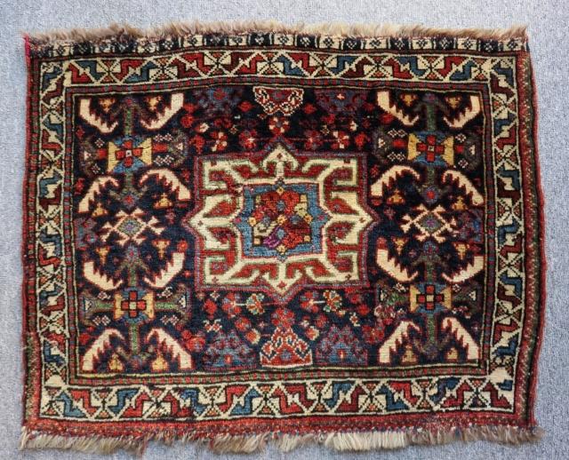 Antique Qashqai Khamseh Bag face Some places have silk Size.73x56 Cm