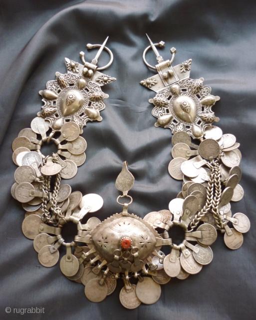 A Set Of Silver Amazigh Fibula From Nador In The Rif