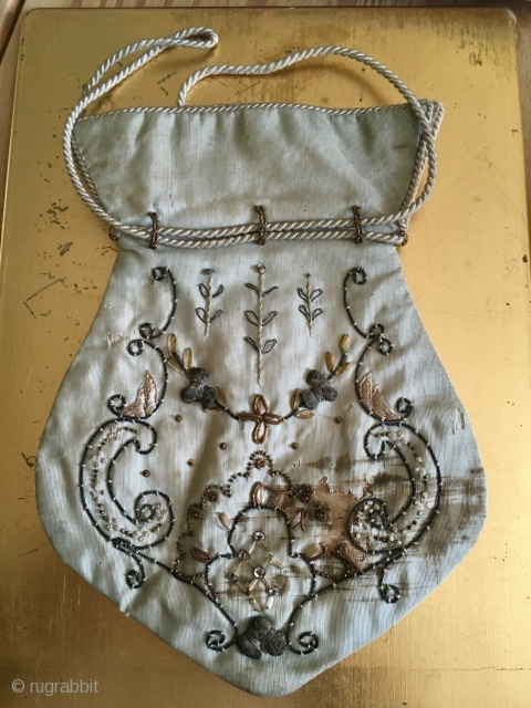 Rare European Purse C18th  origin ? 22 * 16 cm silk metal and glass fragile. Pay PayPal or BACS transfer   postage included   for UK only