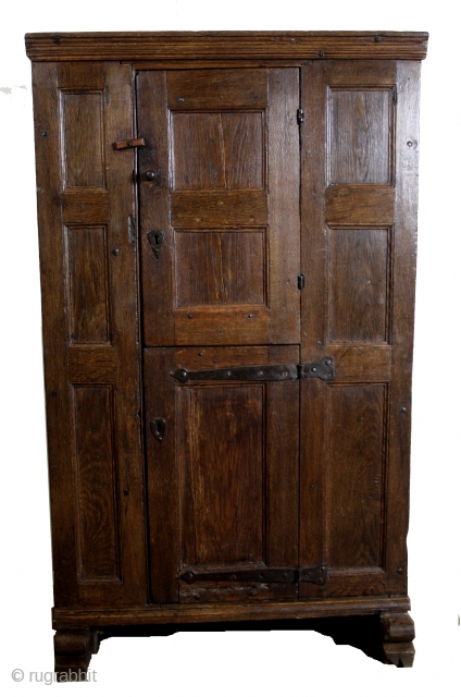 "16th century, oak, high 155 cm. 5ft 2"".