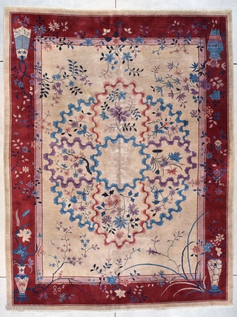 """This circa 1920 Art Deco Chinese #7722 vintage antique Oriental Rug measures 8'8"""" x 11'4"""" (268 x 347 cm). It has a unique design. It has a very pale cocoa colored field  ..."""
