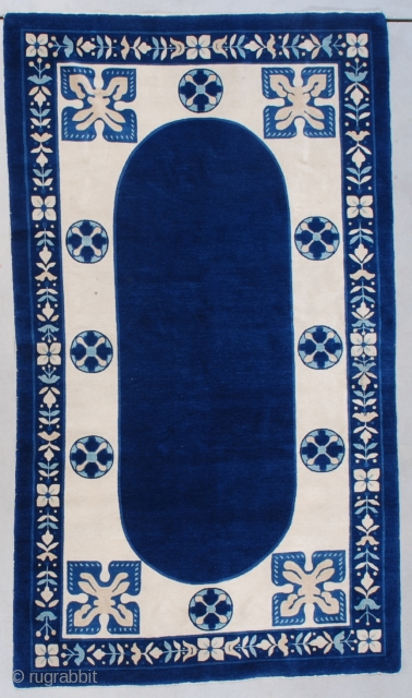 """#7574 Art Deco Chinese Peking Rug  This circa 1930 Peking weave Art Deco Chinese Oriental rug measures 4'1"""" x 7'0"""" (124 x 213 cm). This is a very interesting rug. It is borderline  ..."""