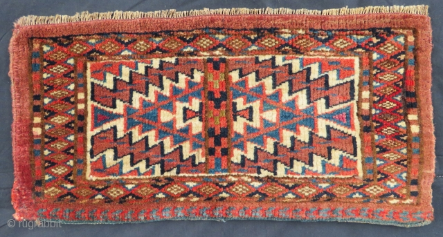 Turkoman arrow bag very nice colors and very nice condition all original part of silk  