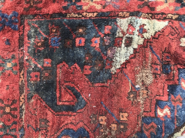 Konya / Karapinar Corner . Frag of course. Gulli Gul reference? I'd say so. Great wool and price. Should be conserved. Taken care of. Admired. Fluffy.