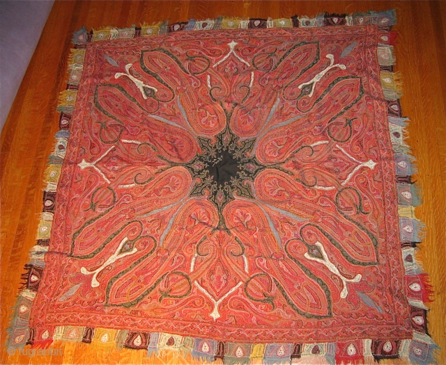 """5' 10' X 5' 10"""" Kashmir Rumal Shawl in exceptional condition throughout.  Free Ship/U.S.  3 day returns policy."""