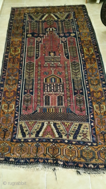 Here is a great example of Kayseri Yahyalı Carpet. It is in great condition. No repairs no holes no any kind of defect.