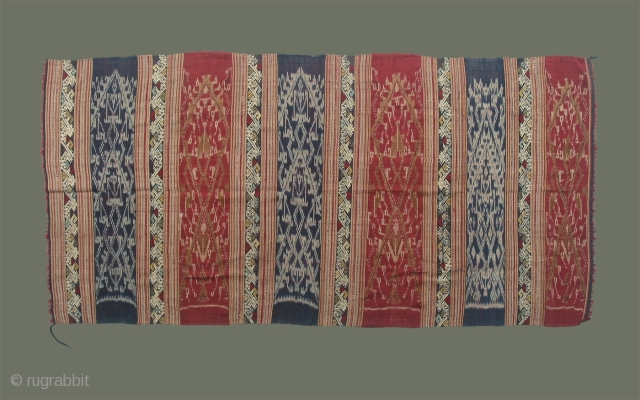 Antique Lao-Tai Spirit Skirt ('sin phii')- a rare find, in excellent condition; supplementary weft bands of mythical elephant/birds alternate with intricate, detailed 'mut mee' bands depicting spirit houses. For more information please  ...