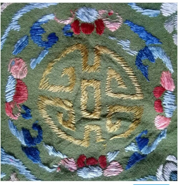 Chinese pillow embroidery silk on felt, size: 33*29cm.