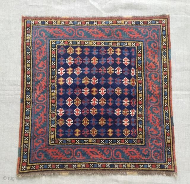 Antique  sahsavan face  cm 0.60 x 0.57 natural colors  19th century  good  condition