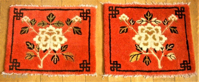 Pair of Ning-Hsia. Size: 65 x 66 cm. Very good condition.