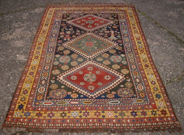 South persia nomad gashgai rug. Size: 138 x 229 cm. Used. Low pile.