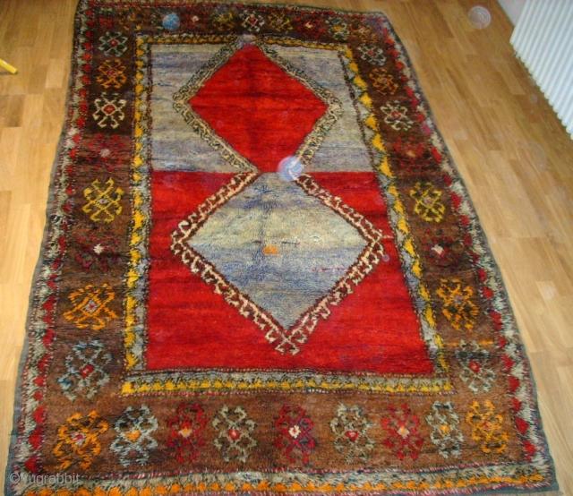 Old anatol Yatak rug. Size: 240 x 145 cm. Perfect condition.