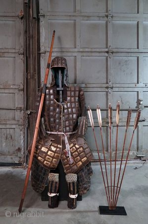 Antique Japanese Tatami Gurata Gusoku  The tatami armor was used by foot soldiers, archers, and spearmen. Its a lightweight armor which allowed the warriors to be more swift and fluid with their movements.  ...
