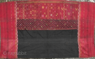 "Burmese Antique Textile: Fine and rare Jinghpaw (aka Jingpo in China) ""pukhang"" heirloom wrap around skirt from Burma's northern most state of Kachin. This piece is woven in three panels from two  ..."