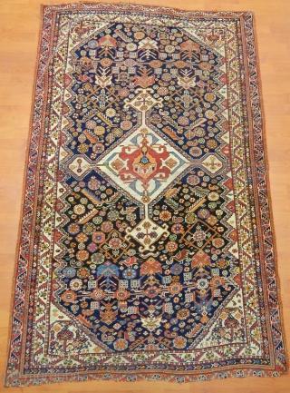 Antique Qashqaii Rug  size.200x125cm