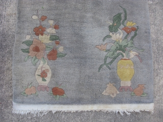 Antique Art Deco Chinese rug, hand knotted wool, China ca.1940, Nichols type, a simple design, gray background without a border, 4 vases of flowers, one in each corner, and plum blossoms in  ...