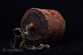Tibetan wooden prayer wheel. Buddhist articles of prayer. Qing dynasty, exquisite lacquer, carved on buddha six words of truth . high 26cm, diameter 23cm.