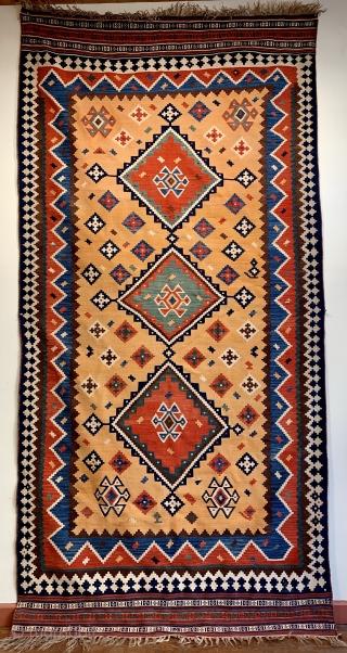 Super antique qashqai kelim on a soft peach colour ground ca 1900 size 300 x 150 cm excellent condition