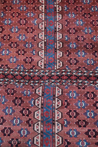 Yomud Hensi , first quarter XX century .    Very fine knotting , good condition .  Size: 180/140 cm