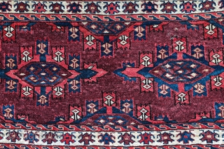 Nice Yomud Kepse chuval , good condition ... Late XIX century . Size :95/50 cm