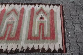 Karapinar Kelim around 1920 wool on wool good condition Size: 232 x 120 cm