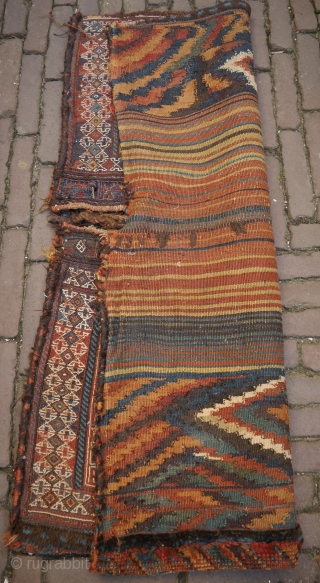 Bakhtiari double bag with kilim backside. The backside is as beautiful as the front. The bag might be made by a mother and daugther, one part is made by an experienced weaver,  ...