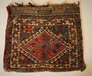 atractive small Qashqai or Luri bag, natural colours, some traces of use, clean and handwashed 53 x 45 cm.       s