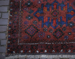playful tribal Luri bag face, looks like small rug, mint condition, soft wool, good colours, 