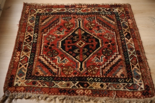 Qasqai rug with very beautiful natural sparkling colours, green and turquose (a tip faded orange might be aniline). Made of wonderful soft and shiny wool. condition is alright, some traces of use,  ...