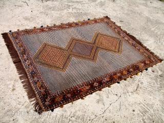 Antique Afshar or Khamseh?