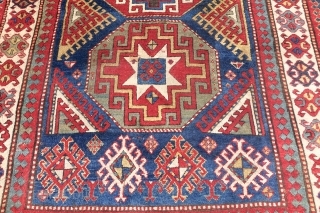 Antique 19 Century Caucasian with Bold Stars and a special border design, very rich colors, natural oxidation, ancient restorations, shown mini hole, great age, design and colors. Enjoy. Worldwide Shipping $ 55