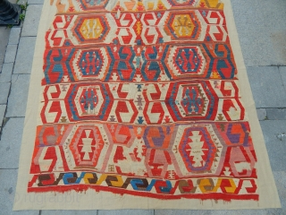 Aksaray kilim, 18th c, great colors, great drawing, 440 x 180 cm,museum quality