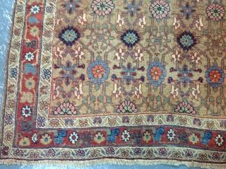 Antique bijar rug 178x126cm, even wear consistent with age.