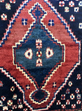 Chahar Mahal Bakhtiari gabbeh rug. Cm 160x186. Age: could be almost any, either 50/60sh or early 20th c. Super shiny silky wool. Long pile. W & W cotton. Wonderful natural colors. Great  ...