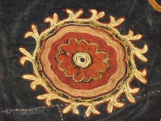 19th.century Kirghiz velvet silk embroidery/(Bashtyk),size 65 x 55 cm